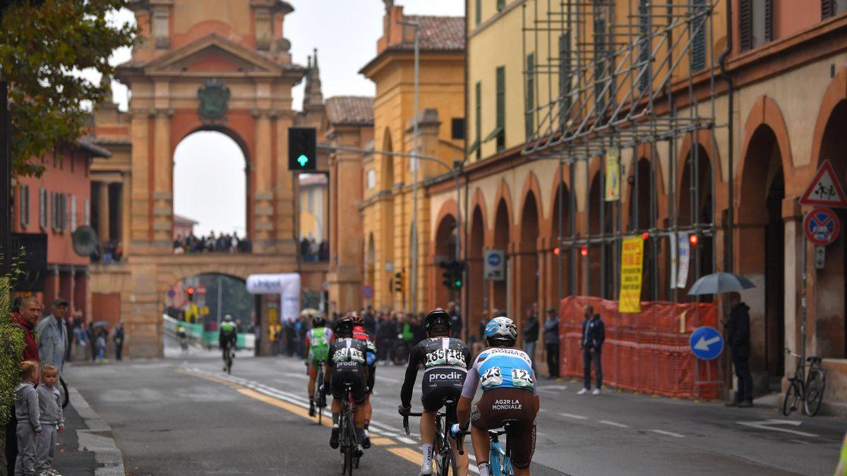 The riders approach the climb to San Luca in Bologna in the 101th Giro Dell'Emilia 2018