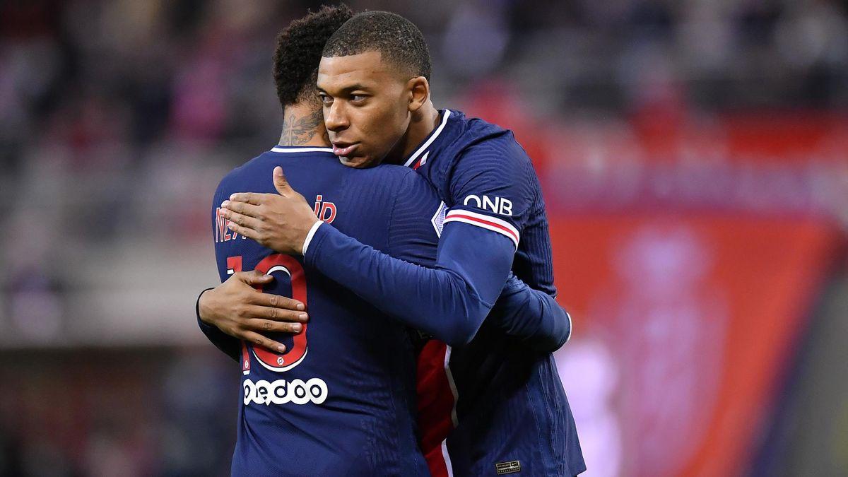 Les deux stars du PSG, Neymar et Kylian Mbappé.