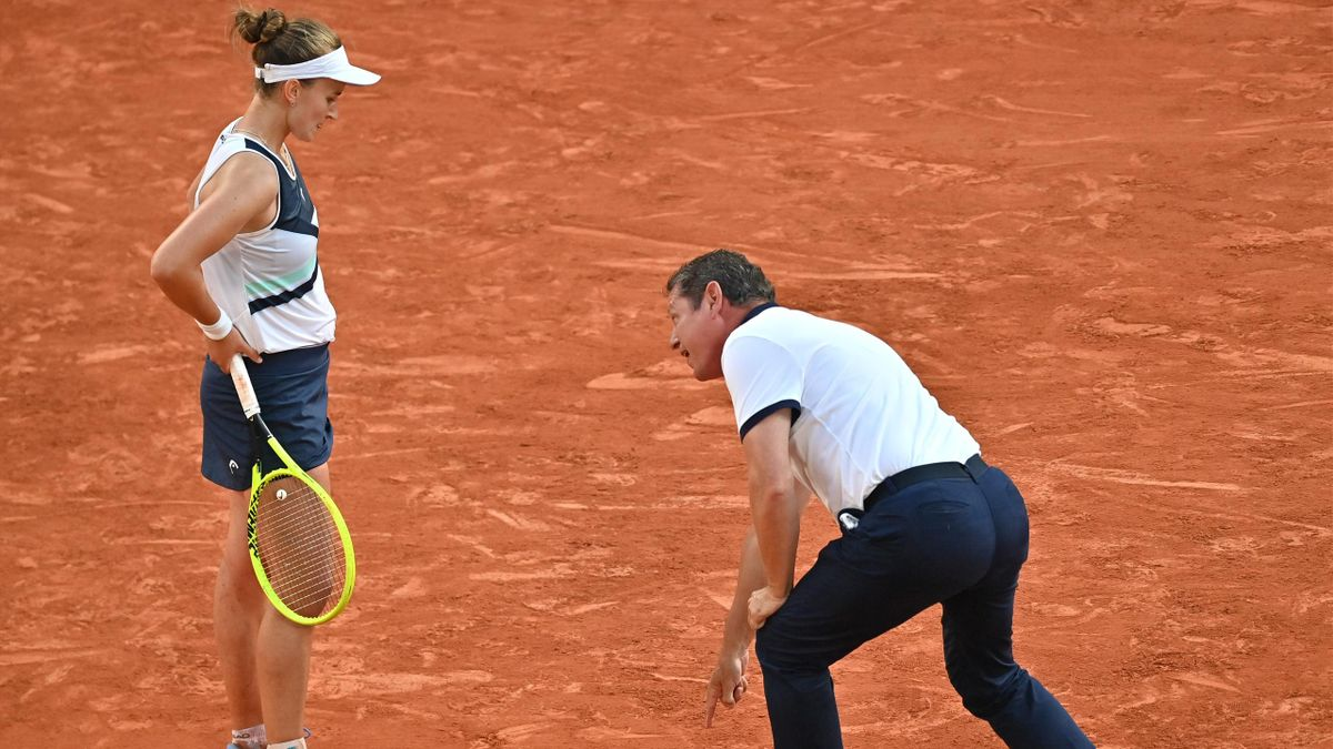 'I was horrified!' - Reaction as umpire wrongly denies Krejcikova victory on match point