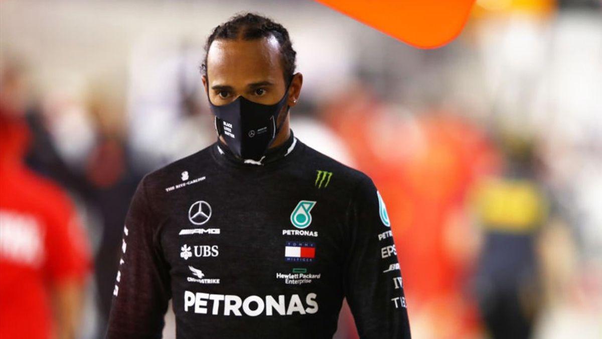 Lewis Hamilton wird aufgrund eines positiven Coronatests nicht beim Sakhir-GP starten