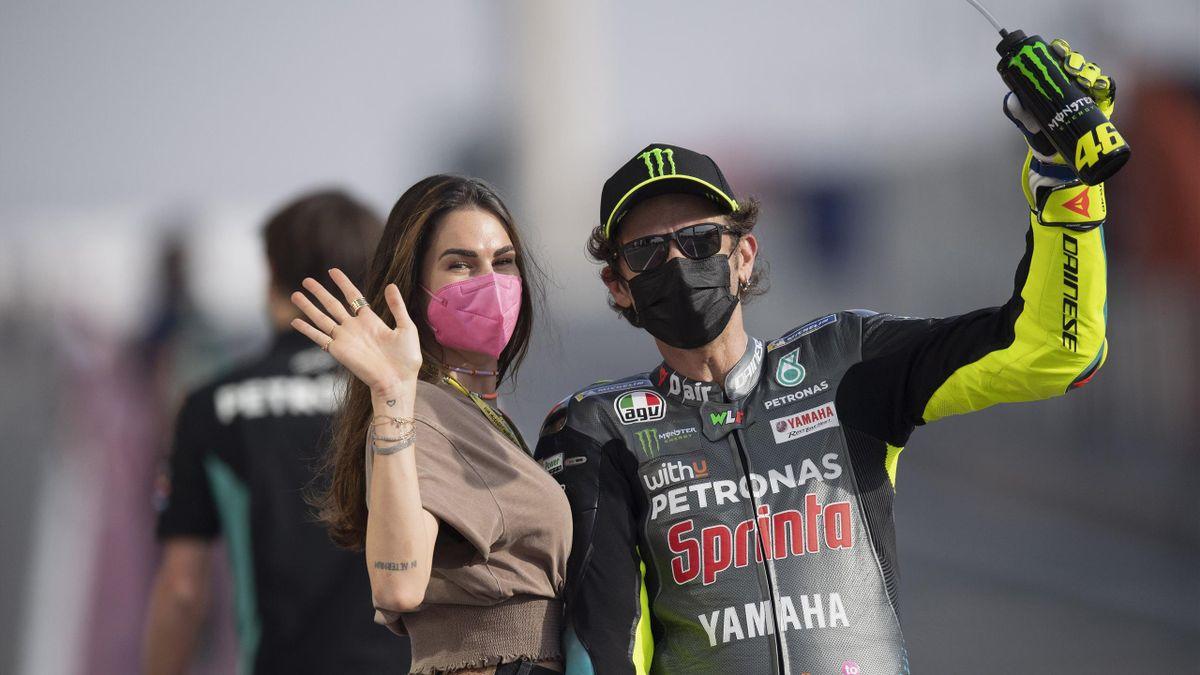 Francesca Sofia Novello insieme a Valentino Rossi nel GP del Qatar