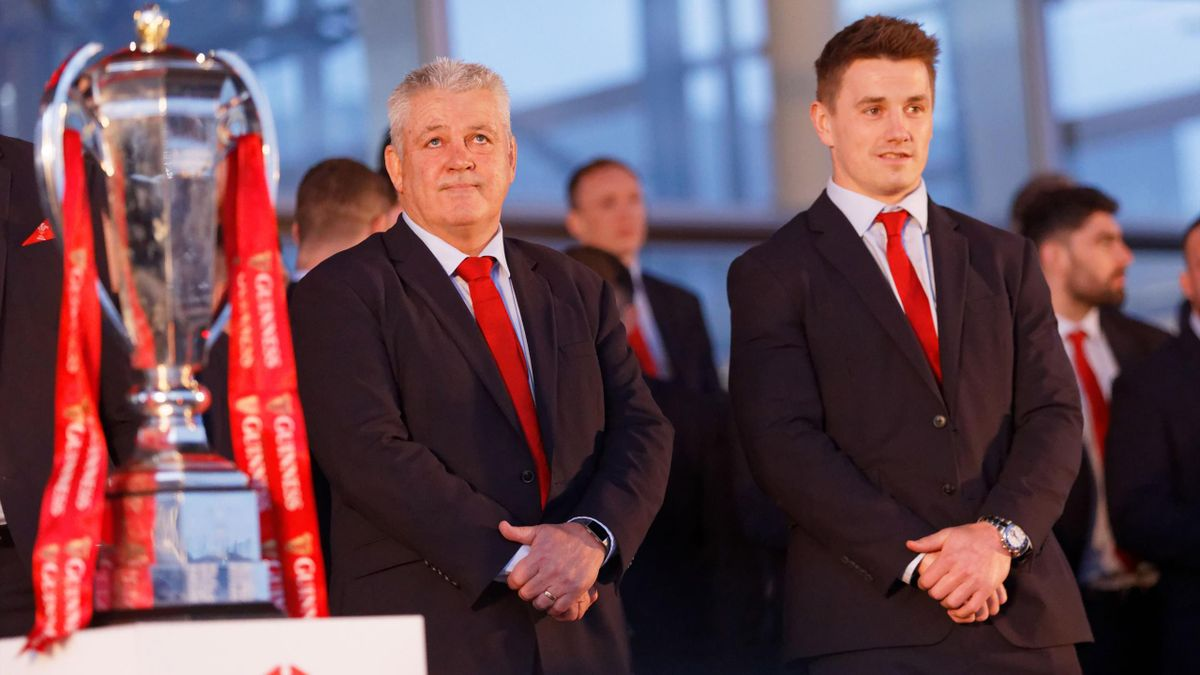Head coach Warren Gatland and Jonathan Davies during the celebration for Wales' Six Nations victory at the National Assembly for Wales on March 18, 2019 in Cardiff, Wales.