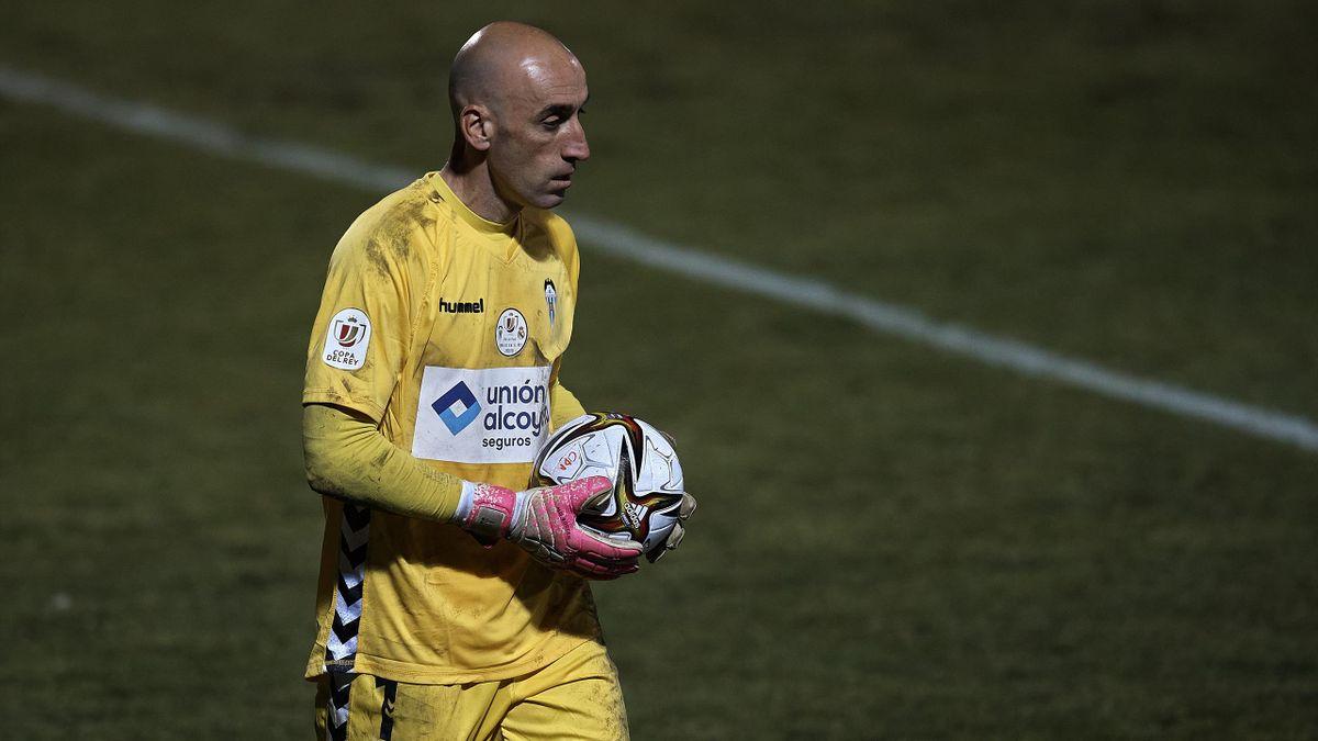 José Juan (Alcoyano) durante el partido frente al Real Madrid