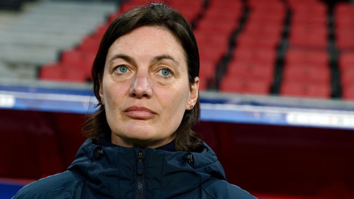 Corinne Diacre, la sélectionneuse de l'équipe de France féminine.