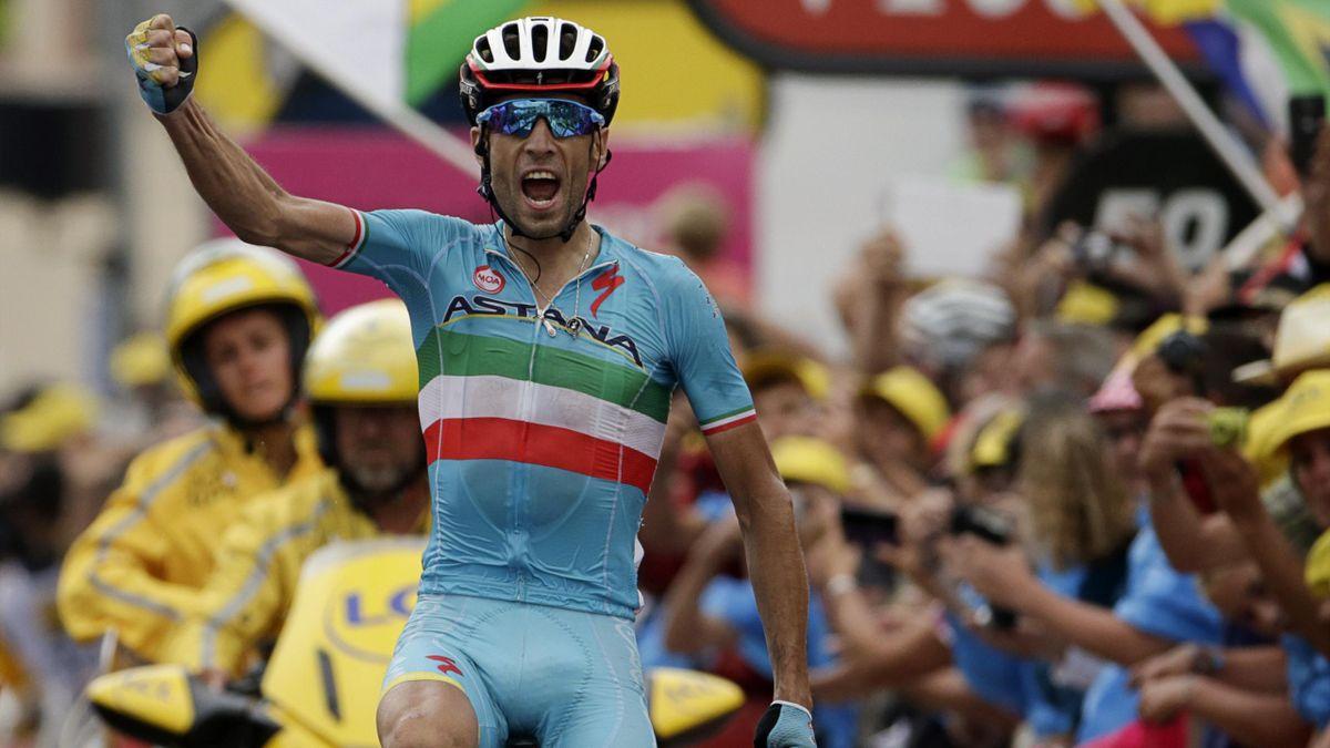 La gioia di Vincenzo Nibali per il successo nella 19a tappa a La Toussuire, AFP