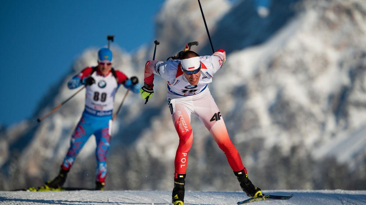 Lukasz Szczurek of Poland competes in the IBU Biathlon World Cup Men's 10 km Sprint on December 14, 2018 in Hochfilzen
