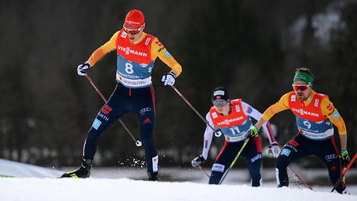 Eric Frenzel (l.) und Fabian Rießle (r.) im 10-km-Langlauf bei der WM in Oberstdorf