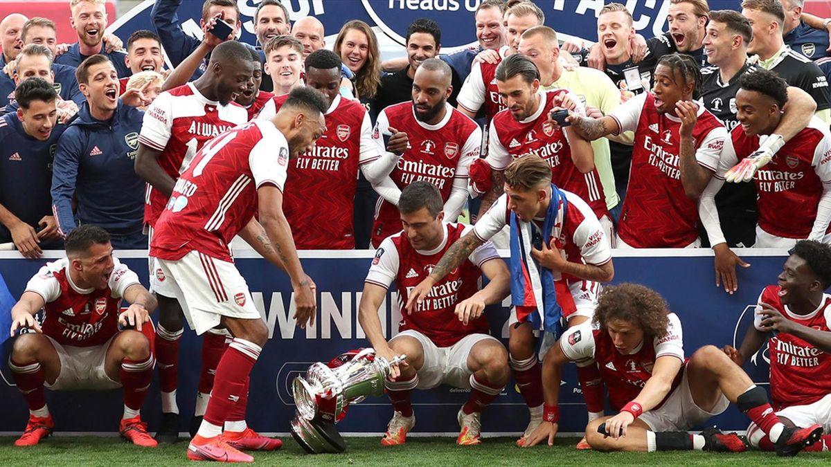 Aubameyang a scăpat trofeul Cupei Angliei