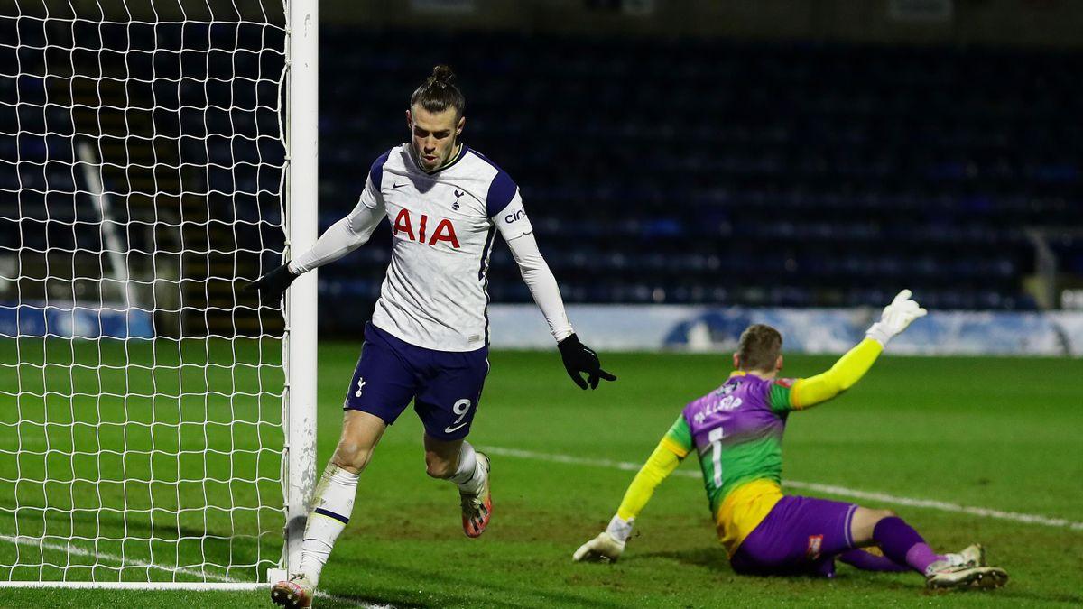 Gareth Bale celebrates his goal against Wycombe