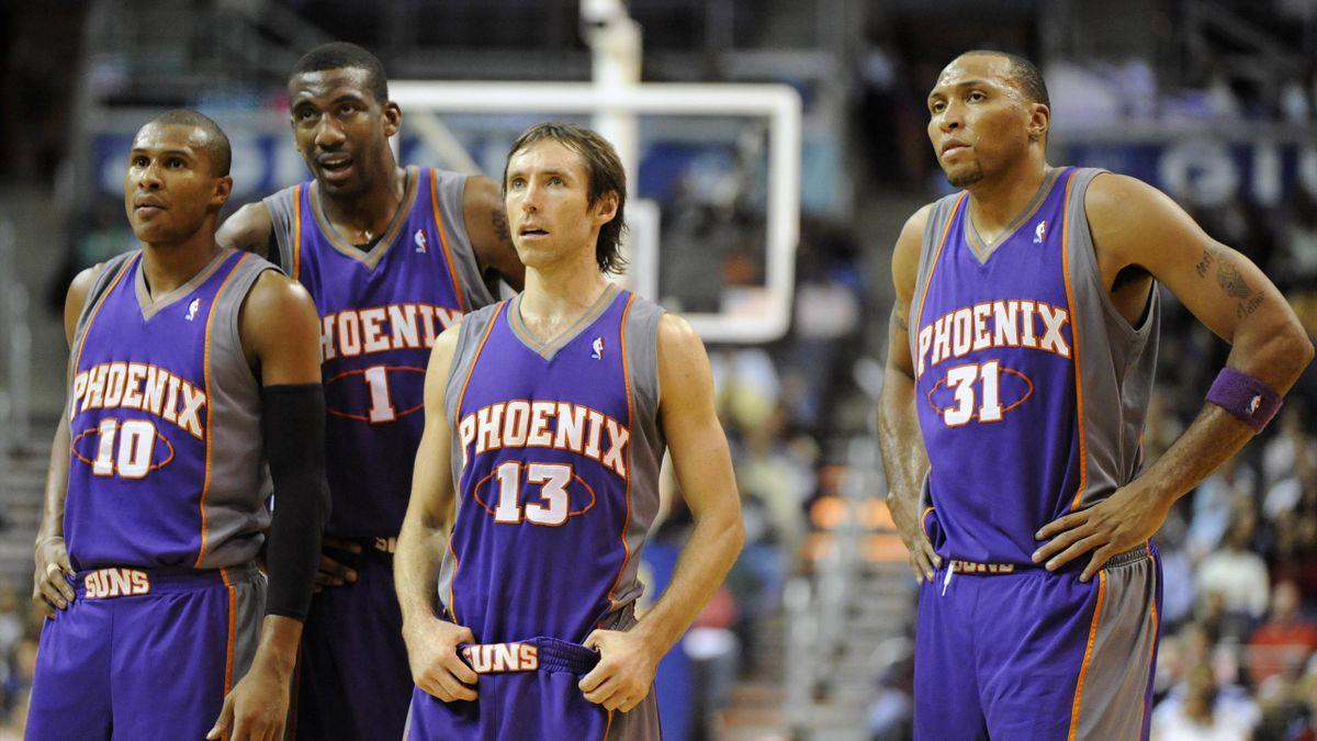 Raja Bell, Amare Stoudemire, Steve Nash et Shaw Marion aux Phoenix Suns