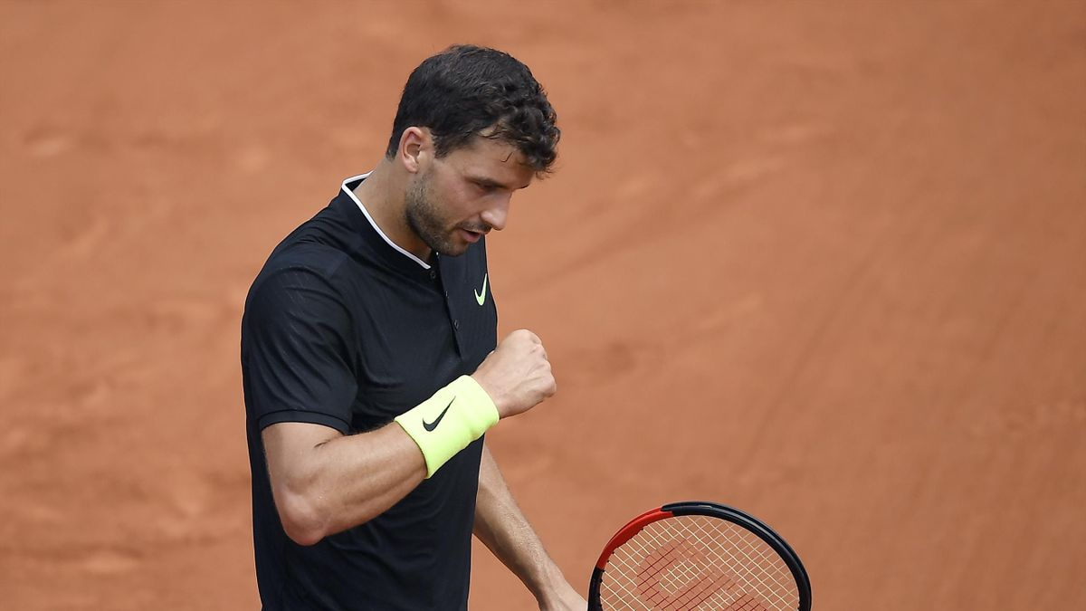 Bulgaria's Grigor Dimitrov celebrates a point during his tennis match against France's Stephane Robert at the Roland Garros 2017 French Open on May 28, 2017 in Paris.
