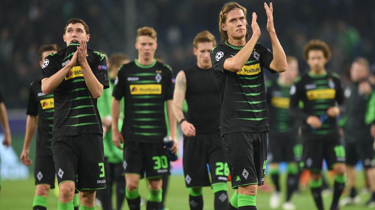 Die Spieler von Borussia Mönchengladbach nach dem Champions League Spiel gegen Manchester City