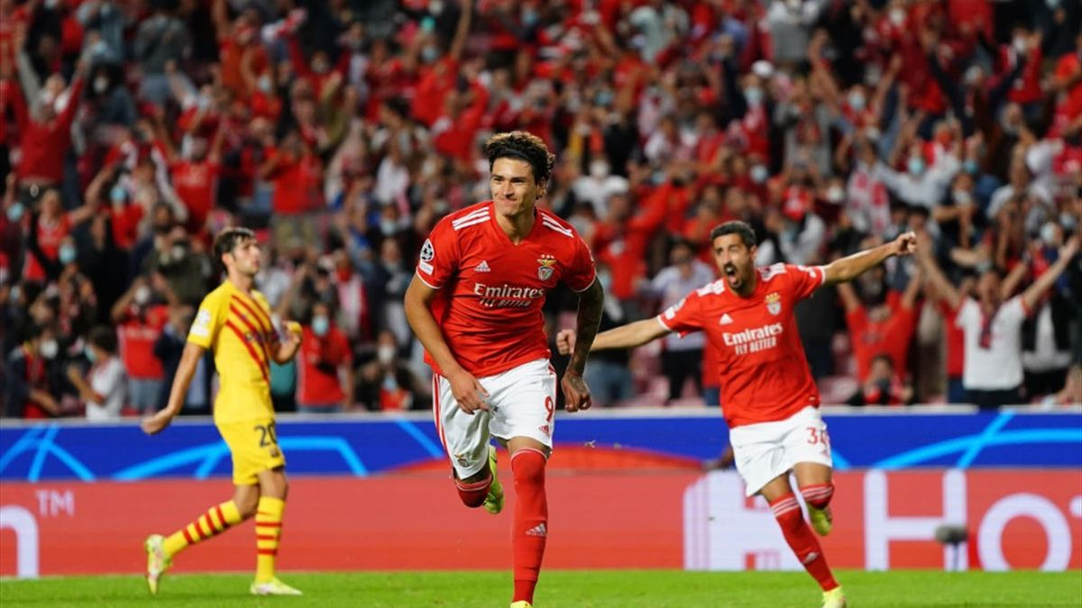Darwin Núñez a segno in Benfica-Barcellona - Champions League 2021/2022