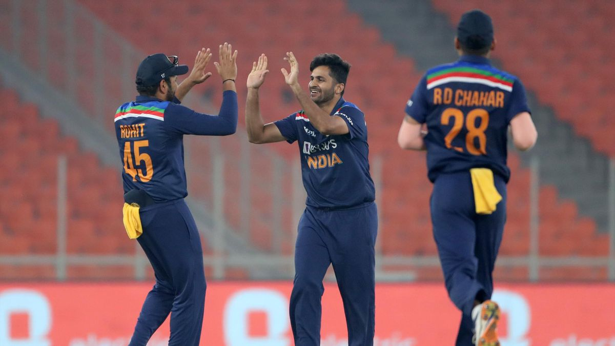 India celebrate against England