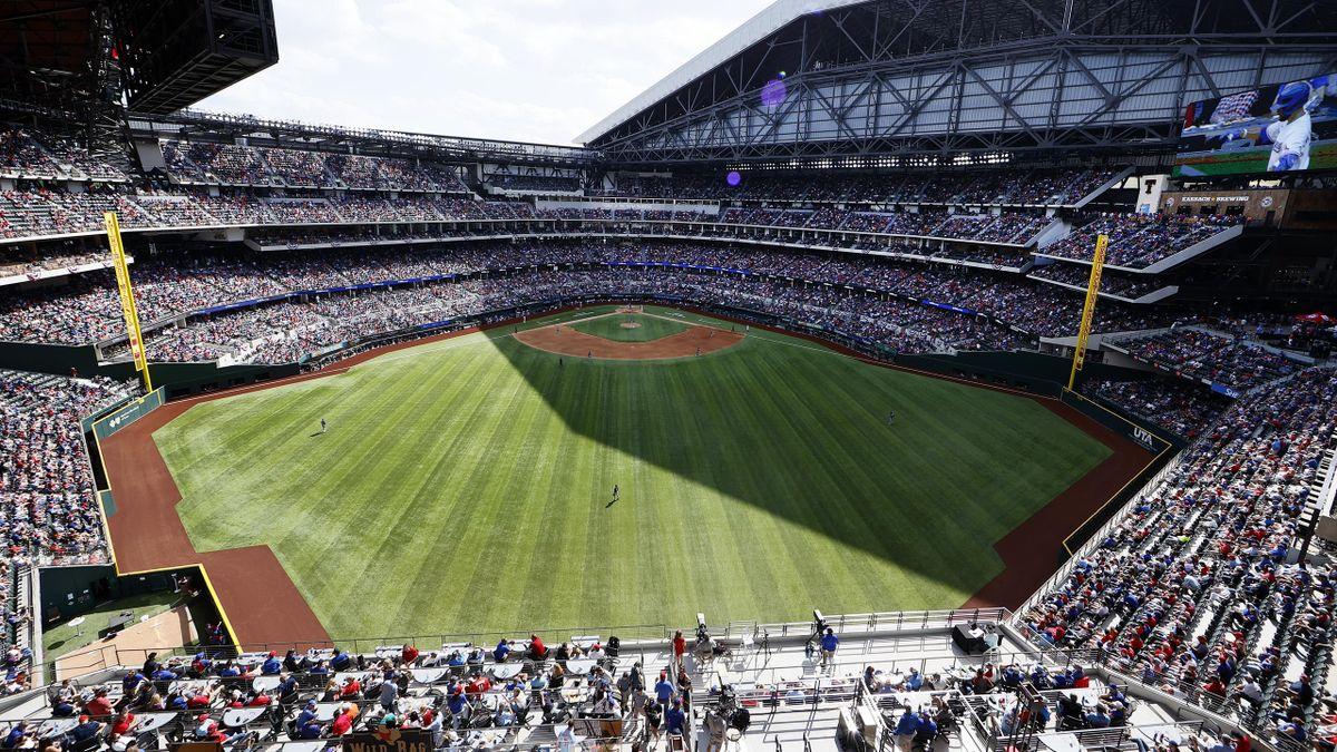 Das erste Saison-Heimspiel der Texas Rangers fand vor 38.238 Zuschauern statt
