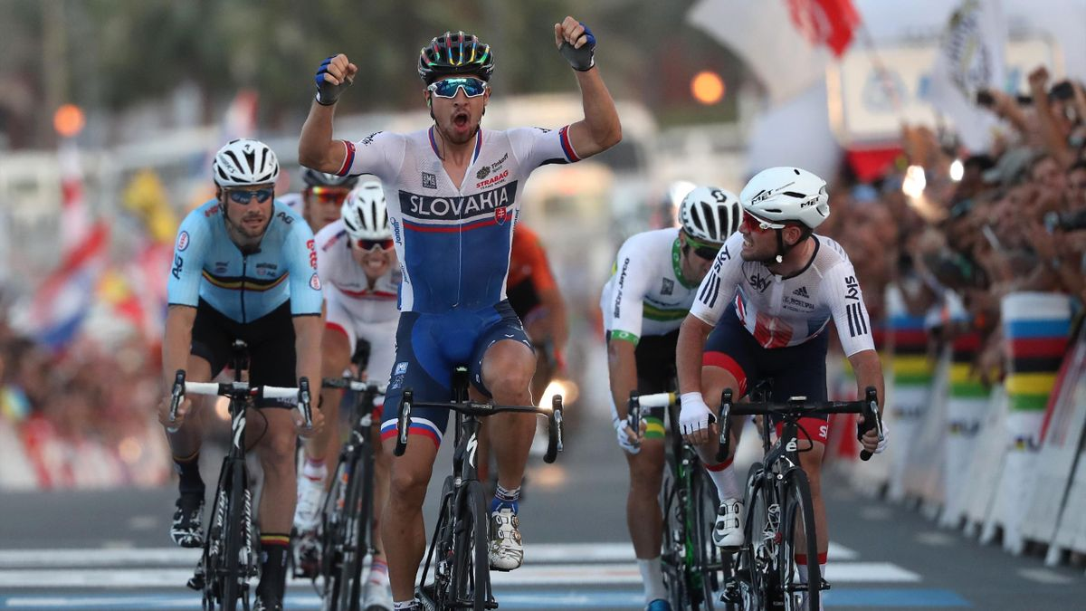 Slovakia's Peter Sagan celebrates after winning the men's elite road race event as part of the 2016 UCI Road World Championships on October 16, 2016, in the Qatari capital Doha.