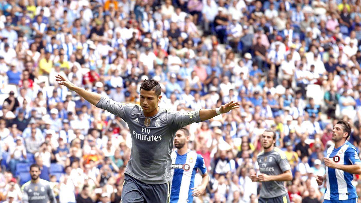 Cristiano Ronaldo celebrates a goal against Espanyol