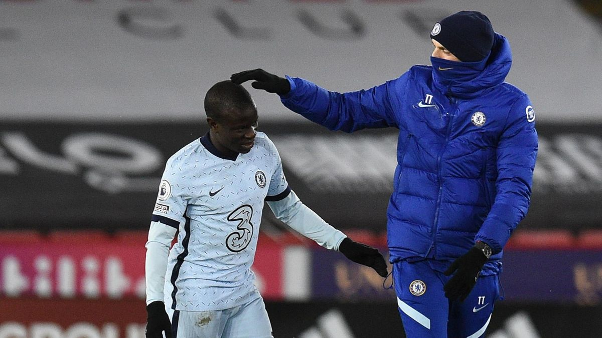 Chelsea midfielder N'Golo Kante with boss Thomas Tuchel
