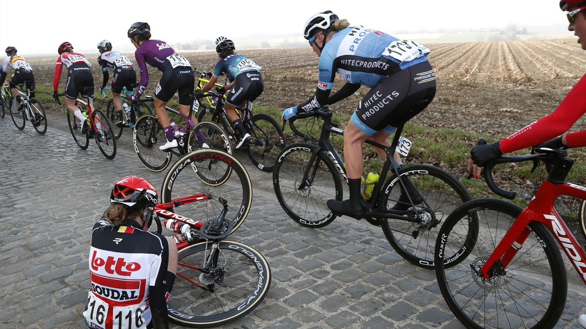 Jesse Vandenbulcke of Belgium and Team Lotto Soudal Ladies & The Peloton during the 16th Omloop Het Nieuwsblad 2021,
