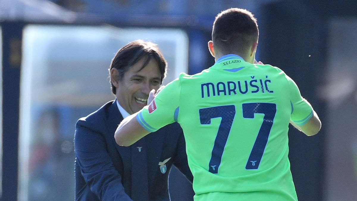 Adam Marusic esulta insieme a Simone Inzaghi, Atalanta-Lazio, Getty Images