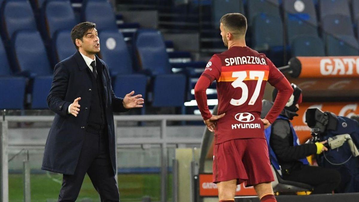 Fonseca a colloquio con Spinazzola durante Roma-Napoli - Serie A 2020/2021 - Getty Images