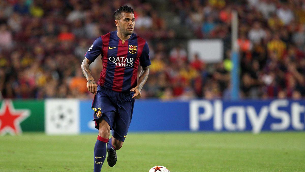 Dani Alves, fostul fundaș de la Barcelona