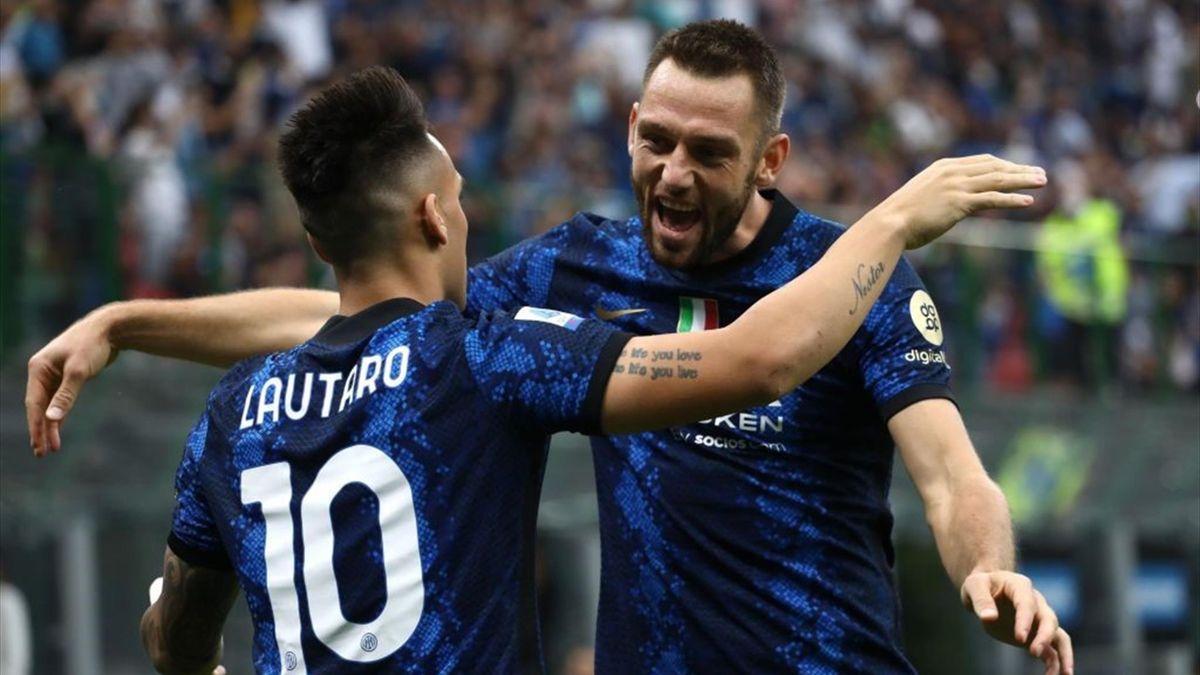 Esultanza di Lautaro Martinez per il gol del vantaggio in Inter-Atalanta - Serie A 2021/2022