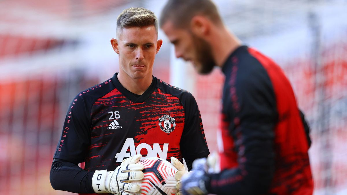 Dean Henderson of Manchester United warms up prior to the Premier League match between Manchester United and Crystal Palace at Old Trafford on September 19, 2020