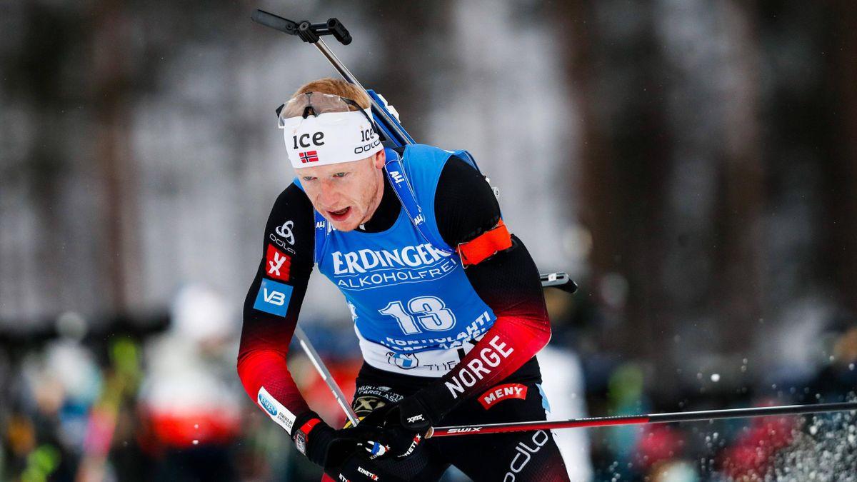 Johannes Thingnes Bö hat den ersten Sprint-Wettkampf der neuen Saison in Kontiolahti gewonnen