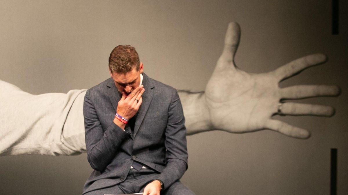 "Pau rompe a llorar al recordar a Kobe en su despedida: ""Me enseñó a ser un mejor líder"""