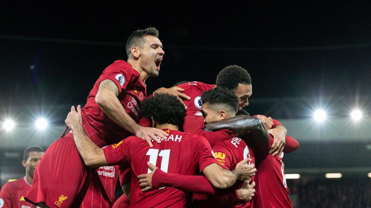 Ce jucători de Liverpool nu vor primi medalie de campion la momentul decernării trofeului în această seară