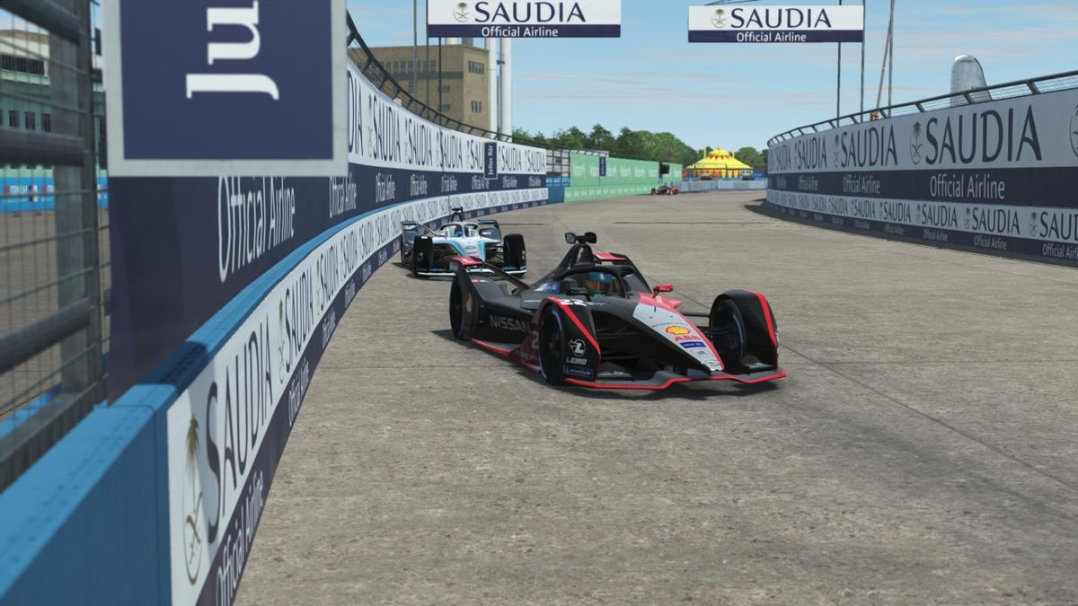 Oliver Rowland upset the favourites to win the fifth round of the ABB Formula E Race at Home Challenge in support of UNICEF