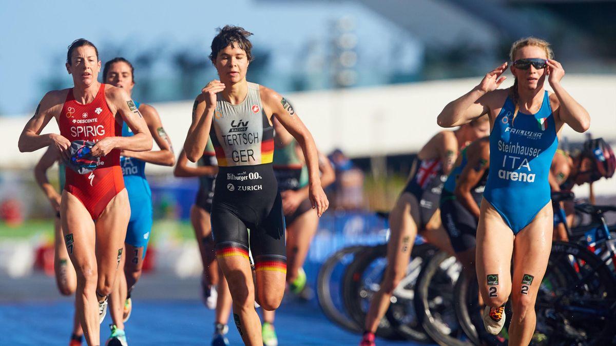 Verena Steinhauser (Italia) nella 2020 Valencia ITU Triathlon World Cup Elite Women