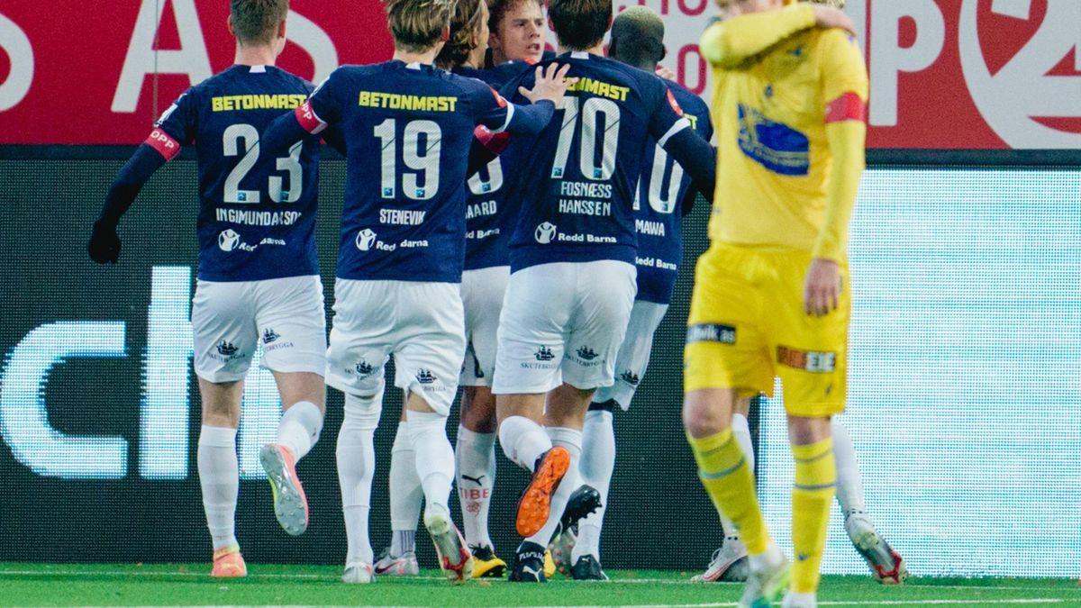 Strømsgodset-spillerne jubler for 1-0-scoring under hjemmekampen mot Haugesund i fjor.