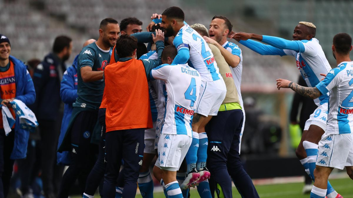 Tiemoue Bakayoko of SSC Napoli celebrates after scoring his team's first goal with team mates during the Serie A match between Torino FC and SSC Napoli at Stadio Olimpico di Torino