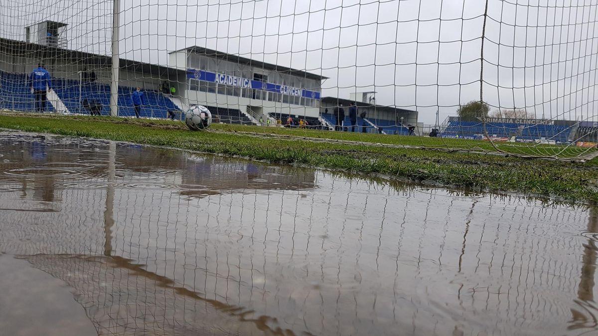 Meciul Academica Clinceni - FC Argeș, amânat din cauza ploii