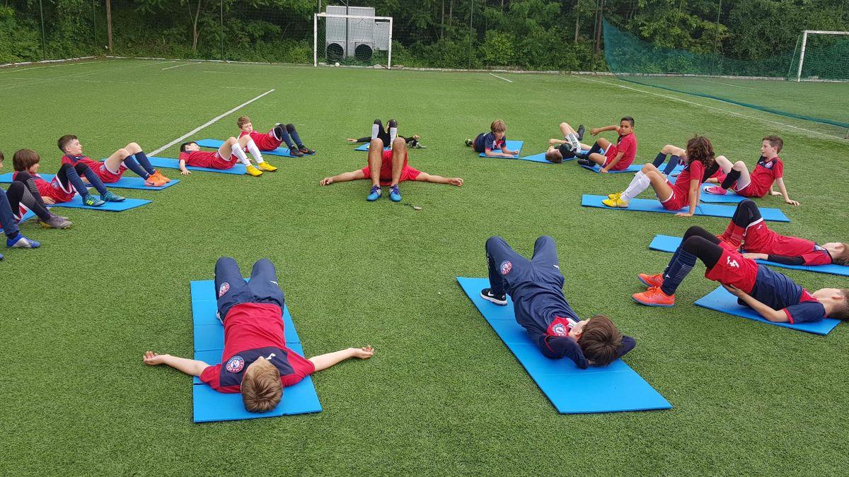 Antrenamente la Academia FC Nana Juniors