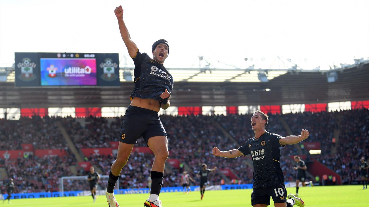 Raul Jimenez celebrates his goal for Wolves, Southampton vs Wolves, Premier League, St Mary's, Southampton, September 26, 2021