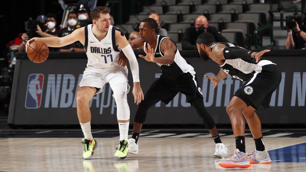 Luka Doncic (Dallas Mavericks) y Rajon Rondo (LA Clippers) - Playoff NBA 2021
