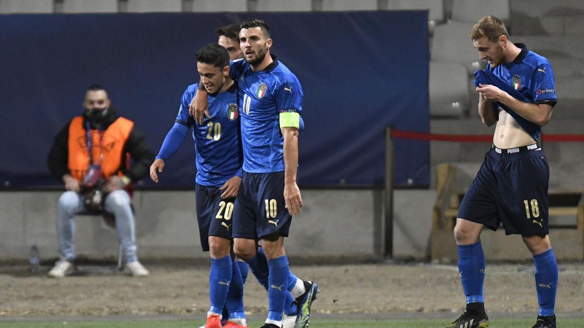 Raspadori e Cutrone festeggiano per il gol in Italia-Slovenia - Europei Under 21 2021 - Getty Images