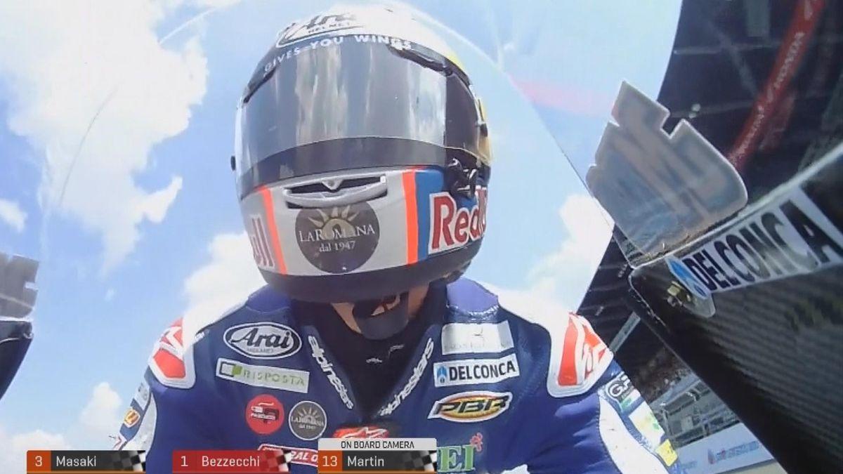 MOTO 3 Thailand: Bezzecchi pole man