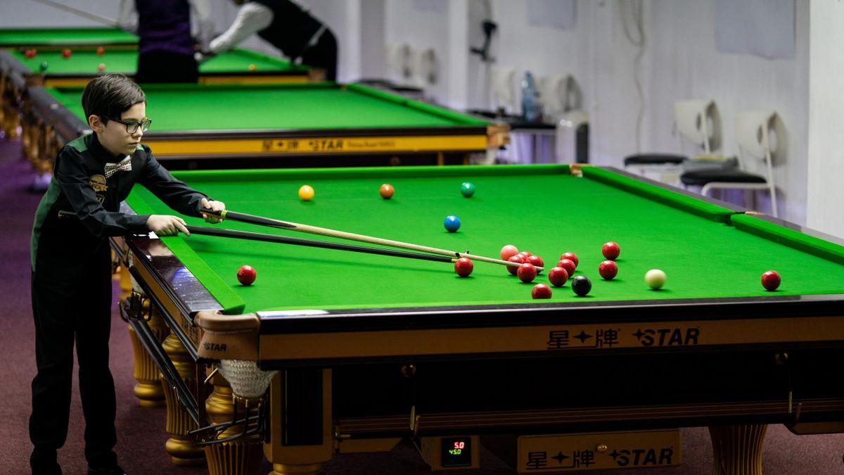 Snookerul este un sport iubit în România. Academia de la RTS Snooker Club oferă copiilor pasionați șansa de a-și urma visul