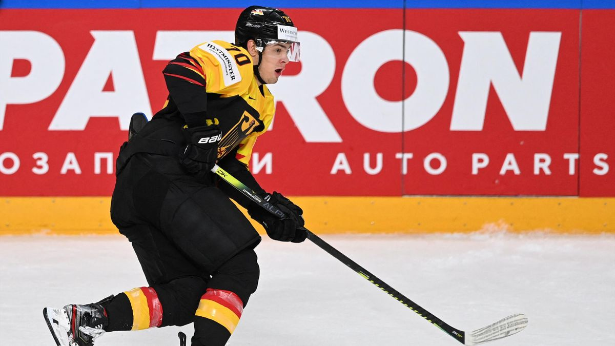 DEB-Nationalspieler John Peterka bei der Eishockey-WM 2021