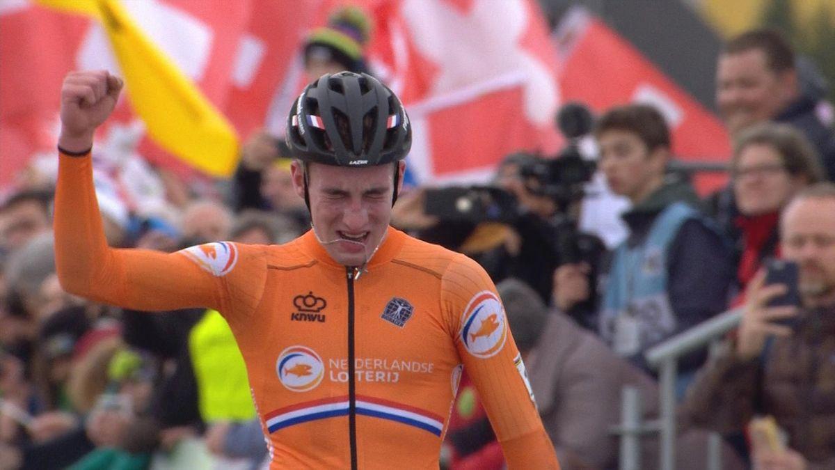 Cyclo-Cross : Kamp wins final U23men - Finish