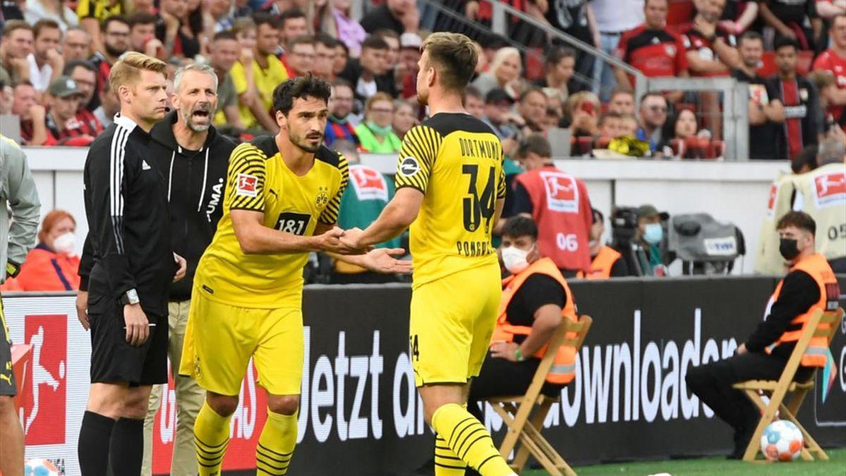 Mats Hummels kam in Leverkusen für Marin Pongracic ins Spiel