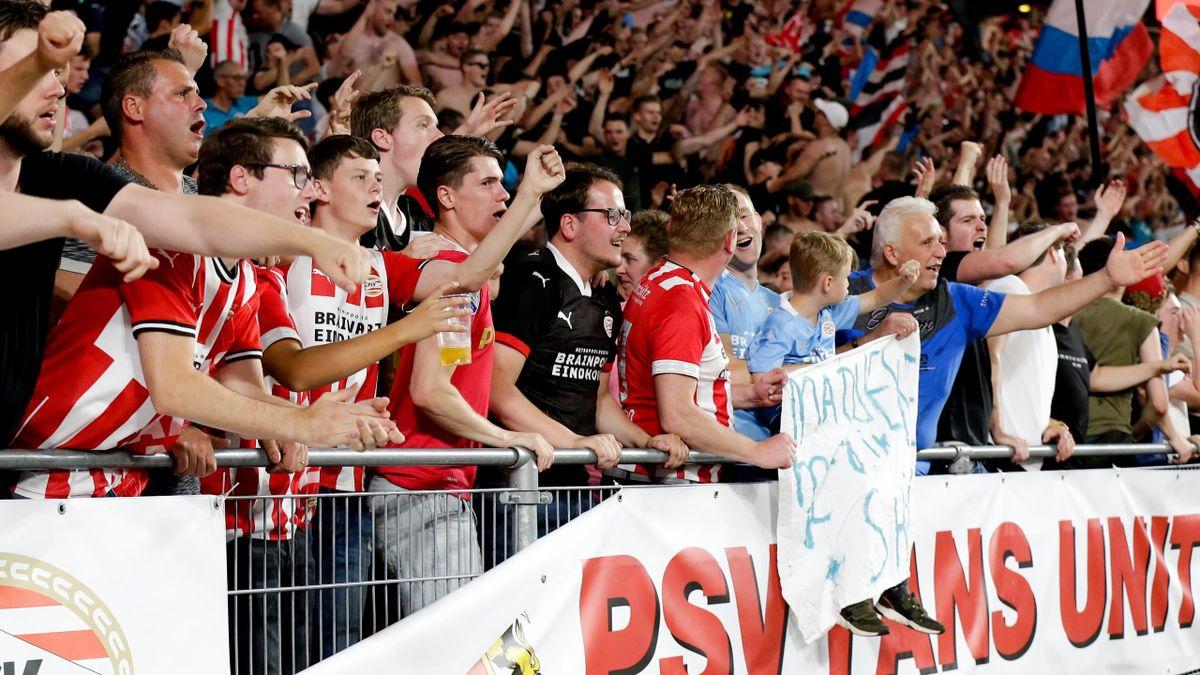 Die Fans der PSV Eindhoven beim Quali-Spiel