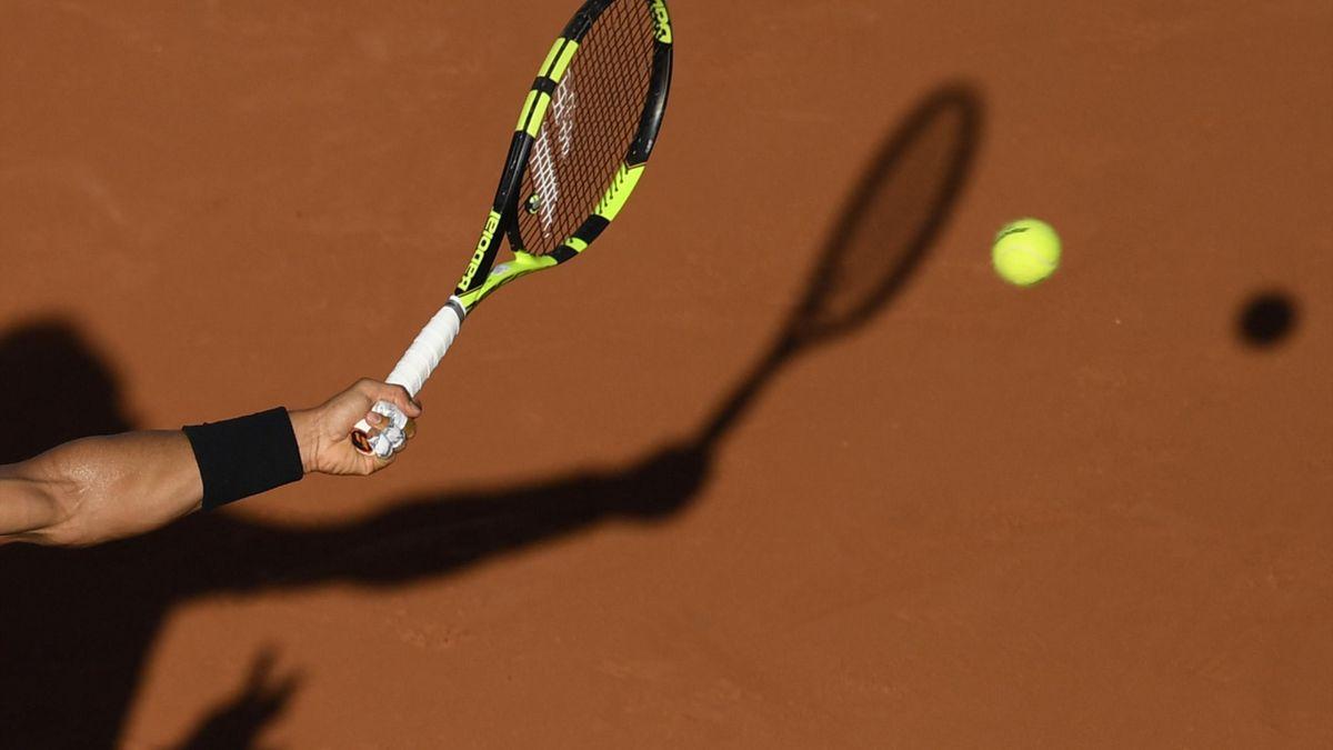 Roland Garros racket