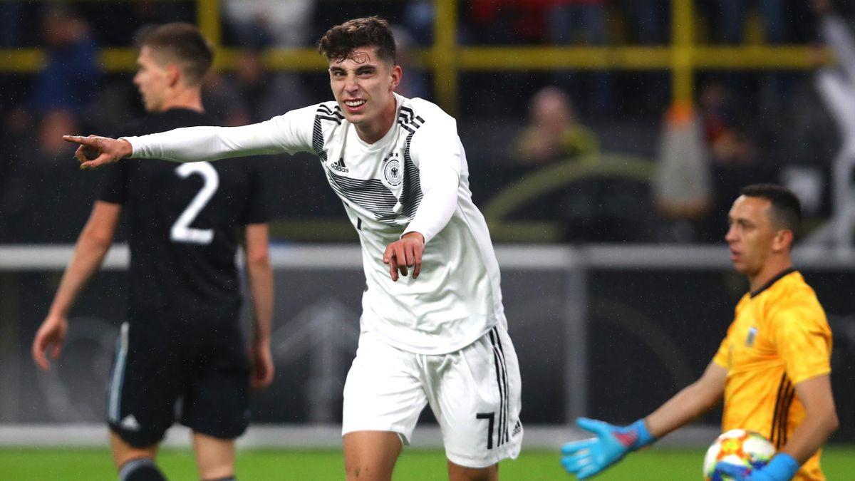 Kai Havertz (vorne) steht kurz vor einem Wechsel von Bayer 04 Leverkusen zum FC Chelsea