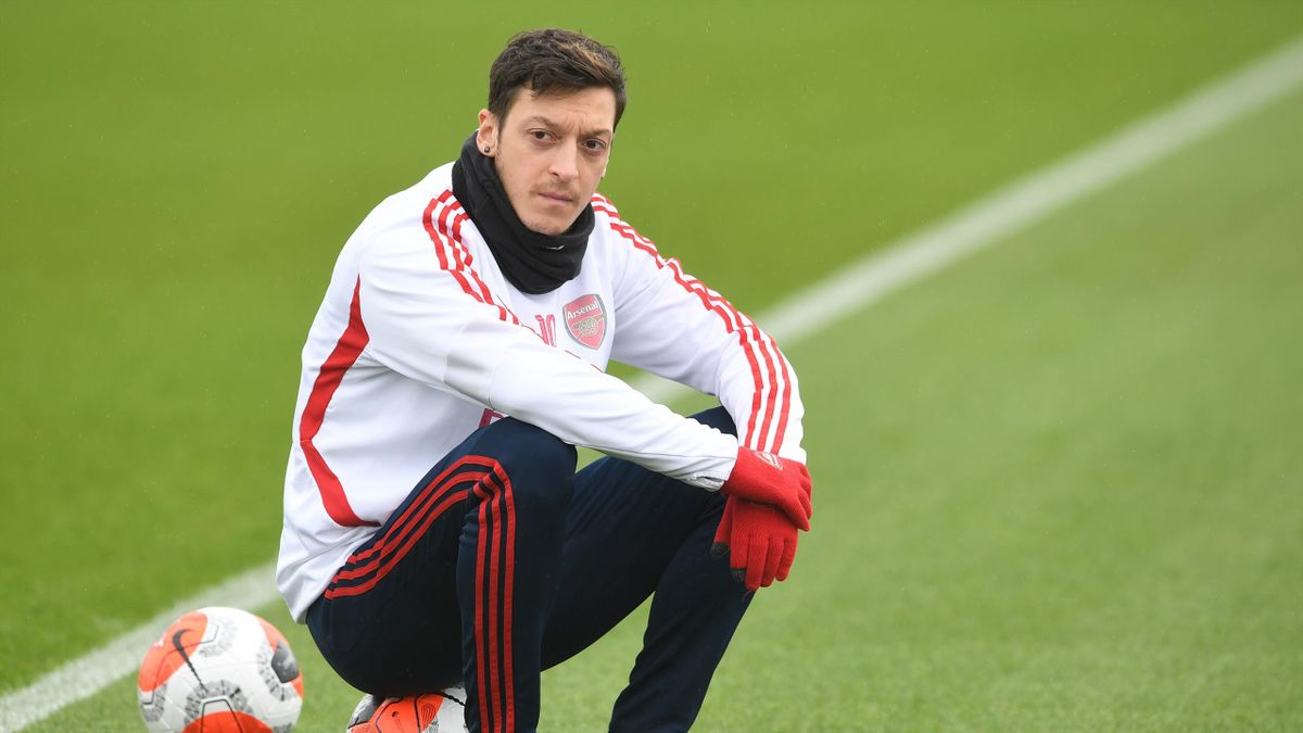 Mesut 2.0: Bringing Ozil in from the cold might be a game-changer - Eurosport