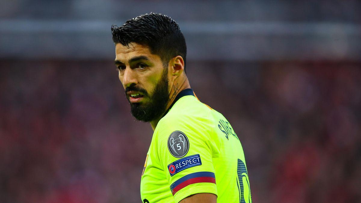 Luis Suarez has criticised Barcelona's defending at Anfield